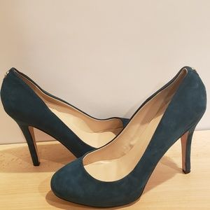 Hunter green Ivanka Trump heels size 10
